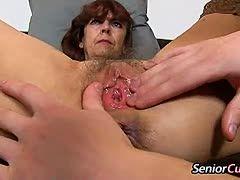 Dicke oma anal